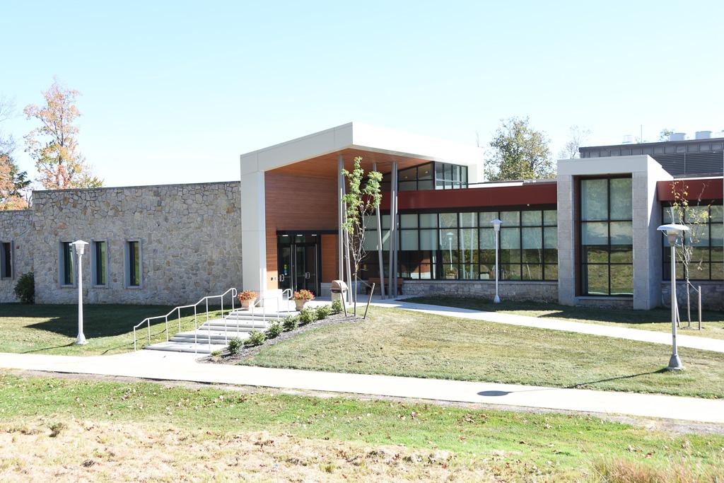 UPJ Engineering & Science Building